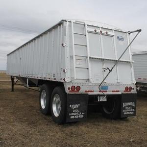 Medium merritt trailer 4