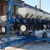 Thumb kinze 2500 planter