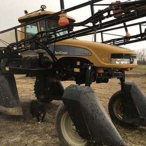 Medium spa coupe 4660 sprayer 1