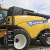 Thumb new holland cr8080 combine 2