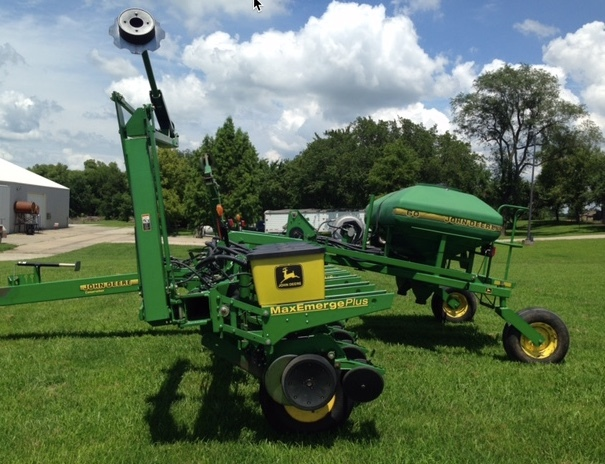 John Deere 1760 12 Row Planter 55 Farms