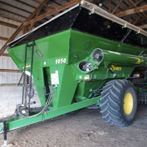Medium demco 1050 grain cart