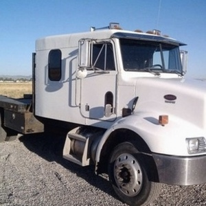 Medium peterbuilt truck