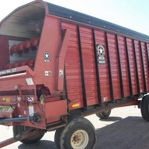 Medium meyer forage wagon