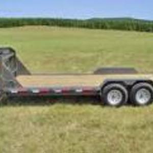Medium low profile gooseneck trailer 1