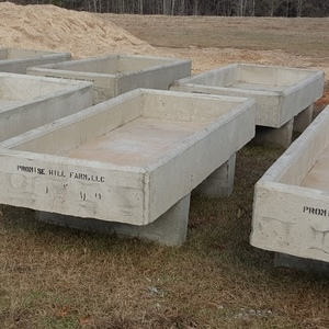 Medium concrete tanks