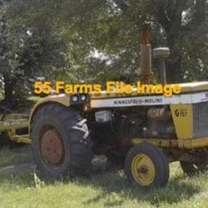 Medium tractor   moline 707