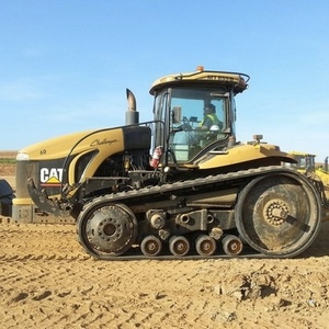 Medium 2007 challenger mt855b tractor