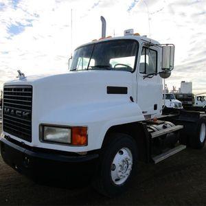 Medium premier truck volvo 1
