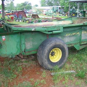 Medium general manure spreader 1
