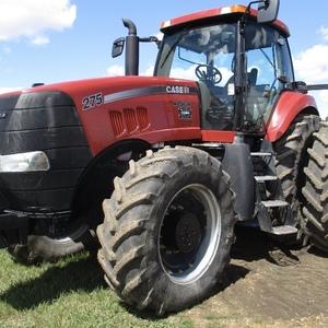Medium case ih 275 magnum tractor