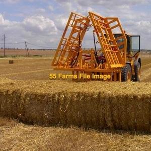Medium straw   big squares