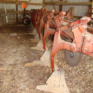 Medium plow 2