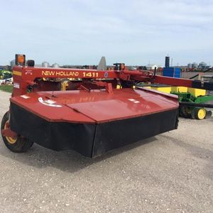 Medium harris swather 1