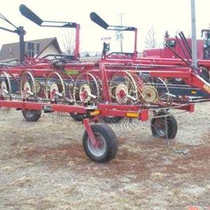 Medium wheel rake 1