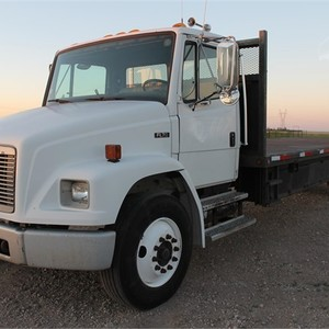 Medium freightliner 1