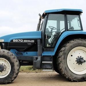 Medium new holland 8670 tractor