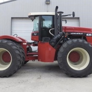 Medium versatile 435 4wd tractor 1