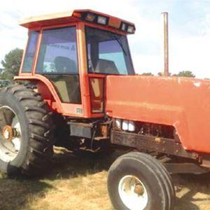 Medium allis chambers tractor 1