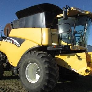 Medium new holland cr940 combined 4