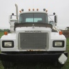 Thumb mack rd 688s cab chassis 4