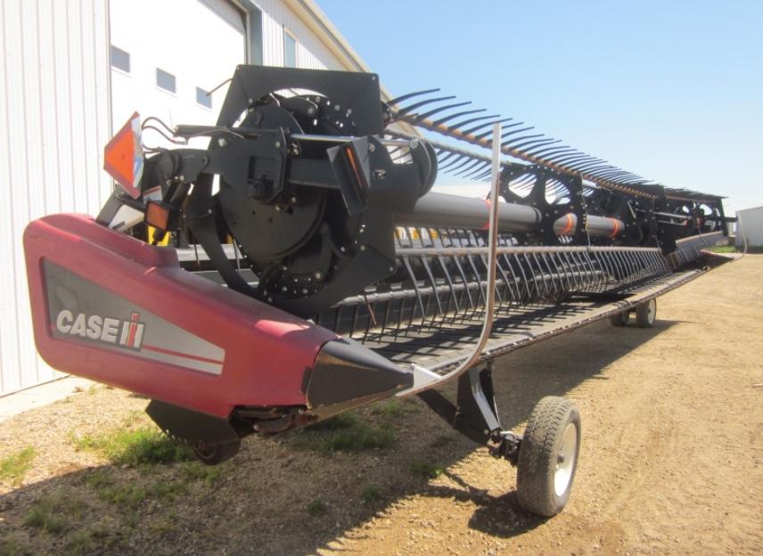 40ft Case IH 2152 Header | 55 Farms