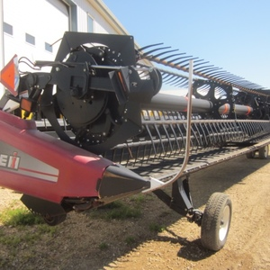 Medium case ih 2152 combine head