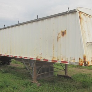 Medium 1995 lode king trailer