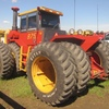Thumb versatile 875 articulated tractor