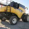 Thumb new holland cr960 combine 2