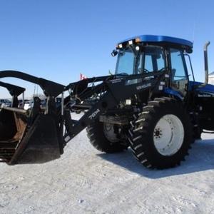 Medium new holland tv145 tractor 4